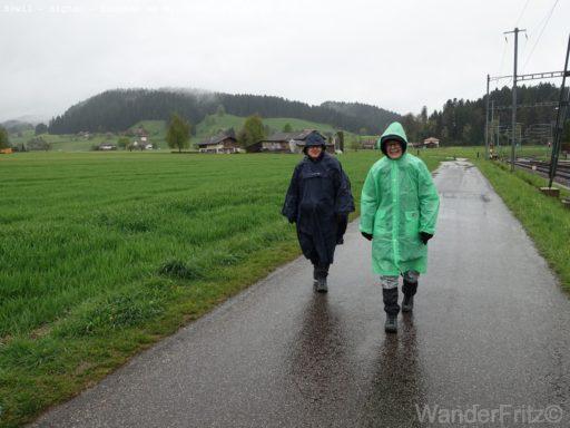 Start bei strömendem Regen in Bowil
