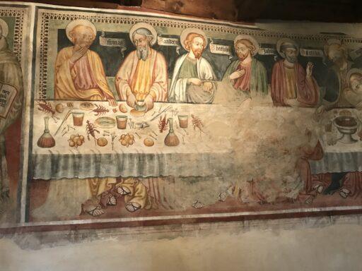 Wunderbar alte Fresken in der Kirche San Bernardo